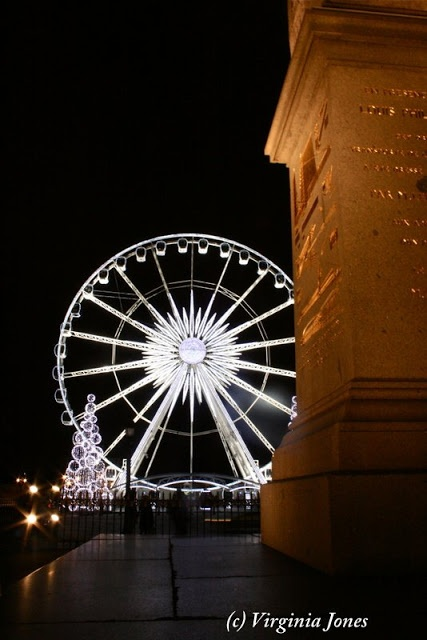 Place de la Concorde's obelisk  with the Grande Roue de la Concorde in the background, decked out for Christmas.  It went up 16 novembre and will come down 13 janvier