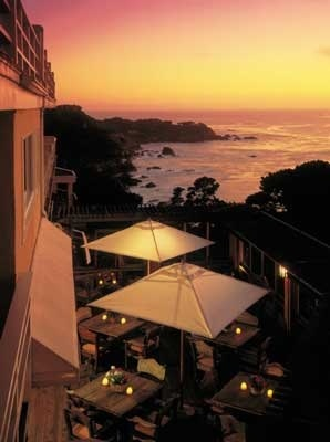 Tickle Pink Inn - Carmel Highlands, California. Beautiful views of the Pacific in fireplace rooms. Wine & Cheese Parties on the Patio and amazing breakfasts. Minutes to Carmel by the Sea and Pebble Beach. LOVE!