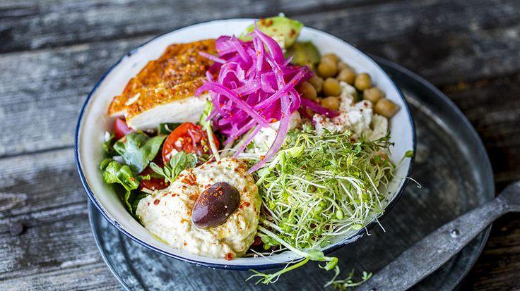 «Gresk» salat med kylling og avokado