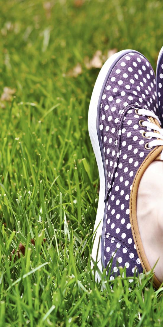 how to clean stinky shoes inside