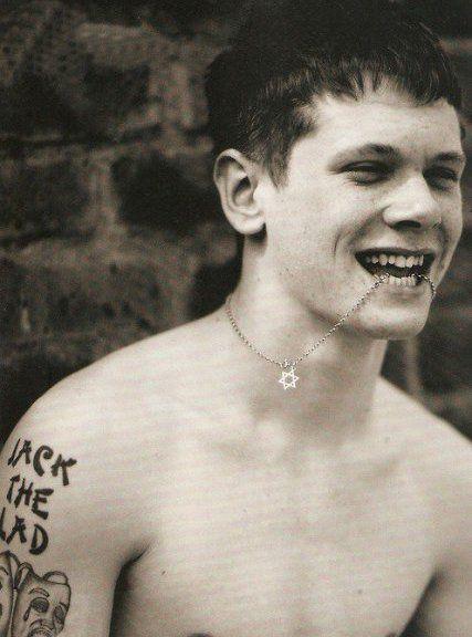Resultado de imagen para jack o'connell skins