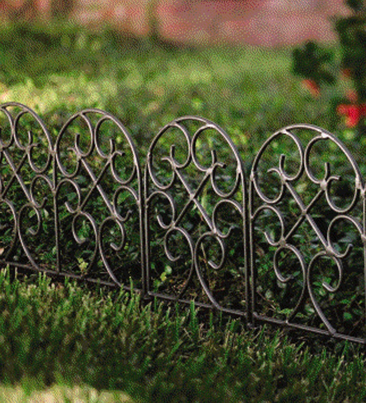 17 Best 1000 images about Wrought Iron Garden Border on Pinterest