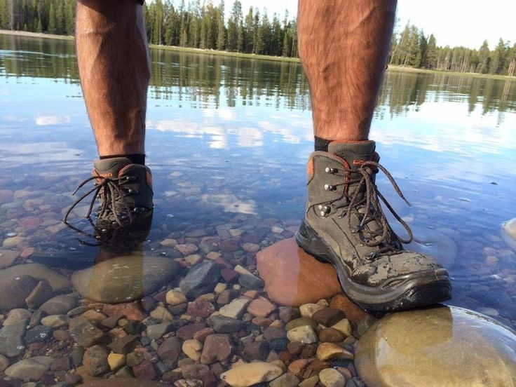 Welcome,take a look at our pick of the Best Mens Walking Boots 2018 UK,these are some of the best rated,tried and tested walking boots for men we think you can get in the UK for the 2018 season..
