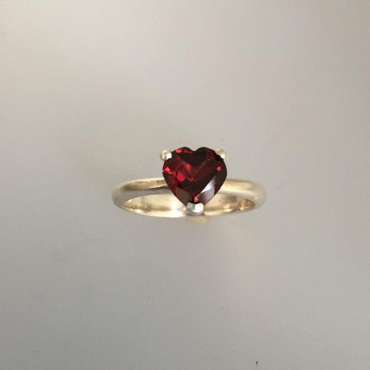 Heart's garnet 925 silver ring 1/1 Alquimist art 2015