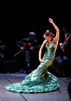 Autorretrato flamenco. Belén Maya. Bailaora de Flamenco. Zapatos de ArteFyL