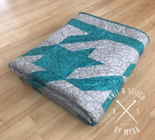 Throw Quilt / Custom Quilt /Modern Quilt / Homemade Quilt / Lap Quilt / Patchwork Quilt / Blue & Grey Quilt/ Houndstooth /Quilt for Sale by KnitAndStitchByMyra on Etsy