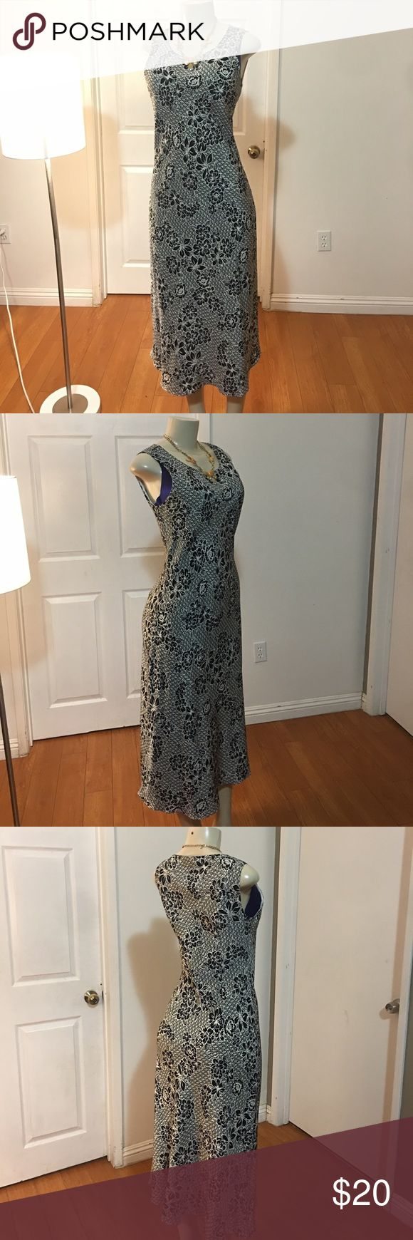 Silk Beautiful Vintage Dress Excellent condition. Fully lined. Beautiful mermaid cut. Measurements: length 46 inches, chest 17.5 inches, waist 16 inches Charter Club Dresses Midi