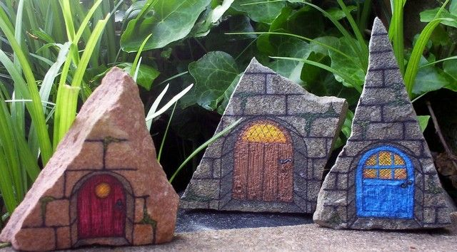 28 best images about rock painting doors on pinterest for Painted fairy doors