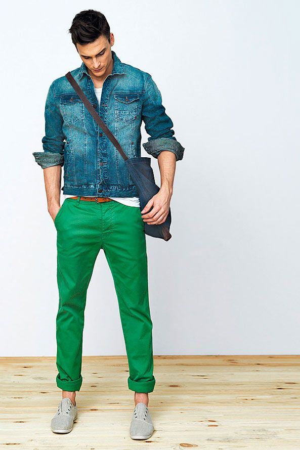 I love the green pants.