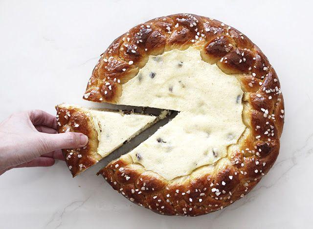 פיית העוגיות: מרתון שבועות חלק ג', וכתר בריוש במלית גבינה וצימוקים