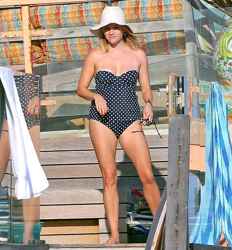 Reese Witherspoon Shows Off Lean Legs in Strapless Tankini