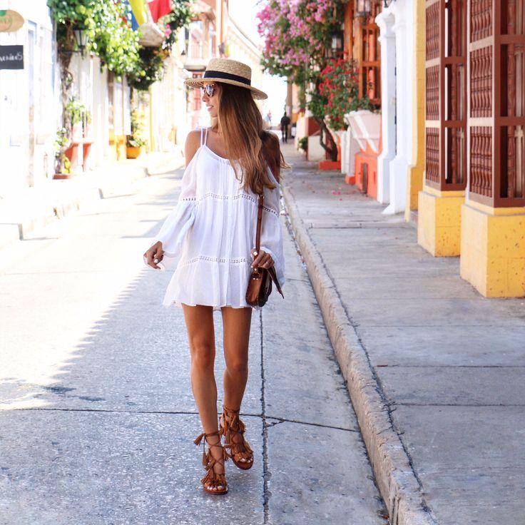 Cartagena de Indias – MLV BLOG Off the shoulder white dress Tassel sandals Boater Hat Summer Outfit