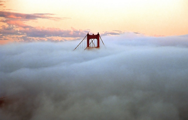 well, how do you like that? The Schmap guide people used my Golden Gate Bridge photo in an iPhone promotion.    Thanks, Schmap!    (I think it's all a bunch of marketing hooey, but what the hell...)    (The photo was first posted on Dec. 1, 2004.)     giochi lego
