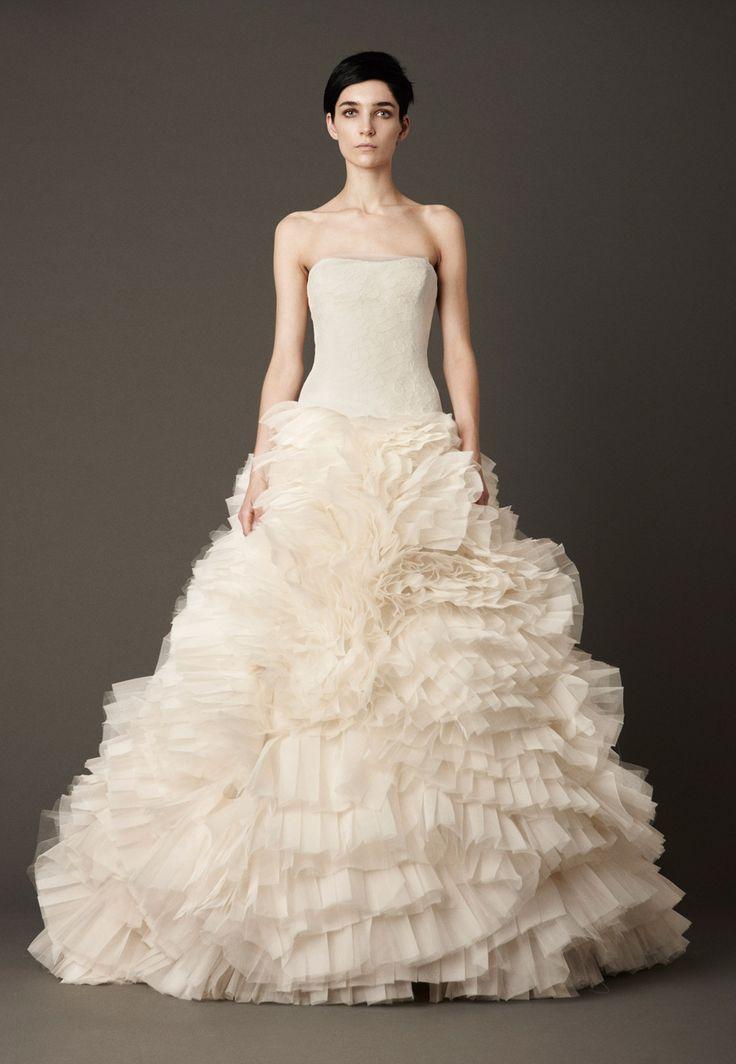 Kardinal wielki wedding dress