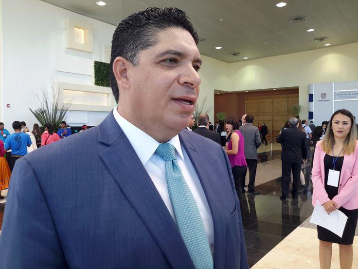No sólo no pagó a proveedores, César Duarte también quedó debiendo sueldos de empleados de gobierno, magisterio y sector salud | El Puntero