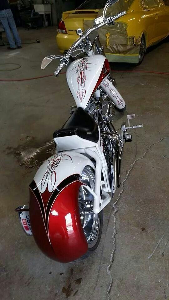 Wild Wes paint works Harley Davidson... Rite here in Ohio!