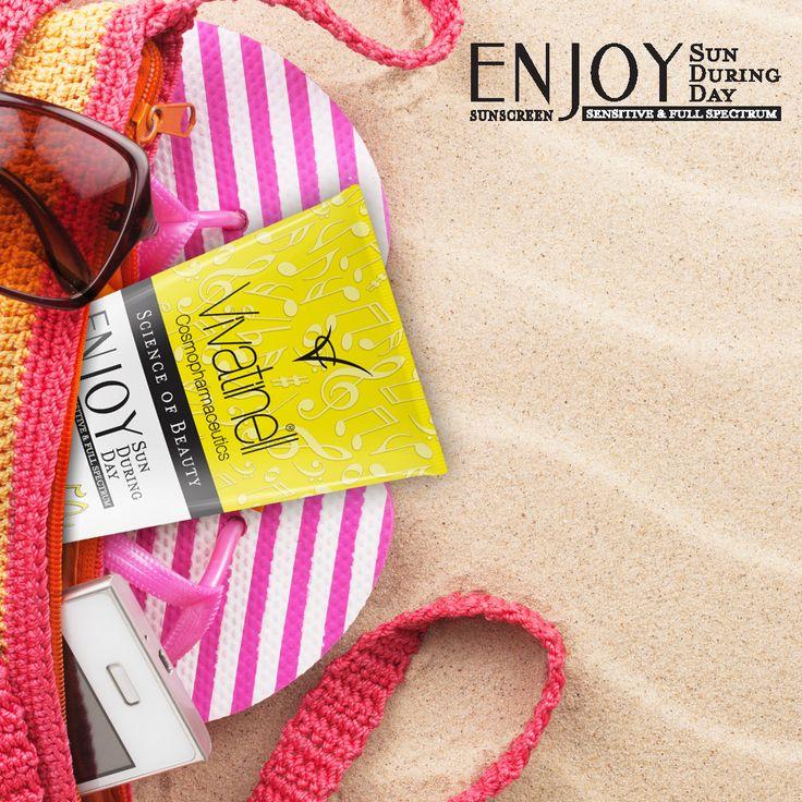 Plajda Enjoy SPF 50 + Güneş Kremi yanınızdaysa Güneşten Korkmayın.Hassas cildinizi güneşten koruyun.