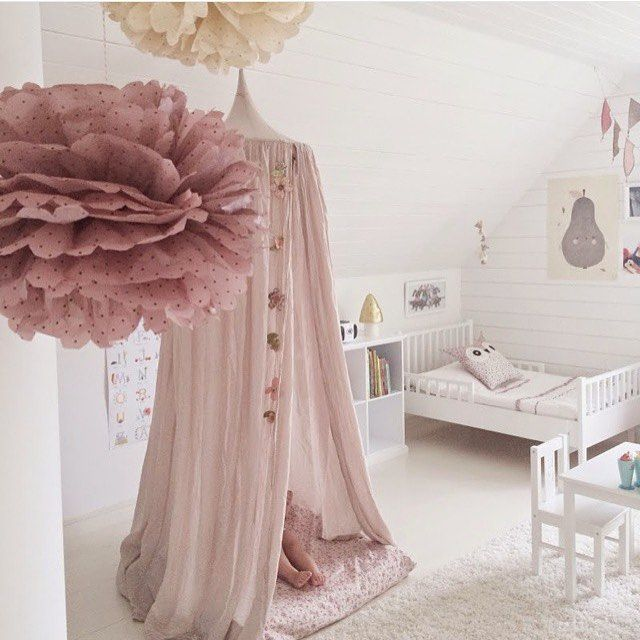 Beautiful styling of the numero74 dusty pink canopy. The last time that I worked with these canopies was earlier in the year for a photo shoot. I'm looking forward to installing it in a 10 year olds bedroom. As per the brief, I'll be adding lots of colour to the room too. Image via @shin798394 #kidsdecor #kidinteriors #kidsstyling #girlsinterior #girlsroom #childrensinteriordesign #childrensstyling #childrensinteriors #decorator #decorforkids #decor