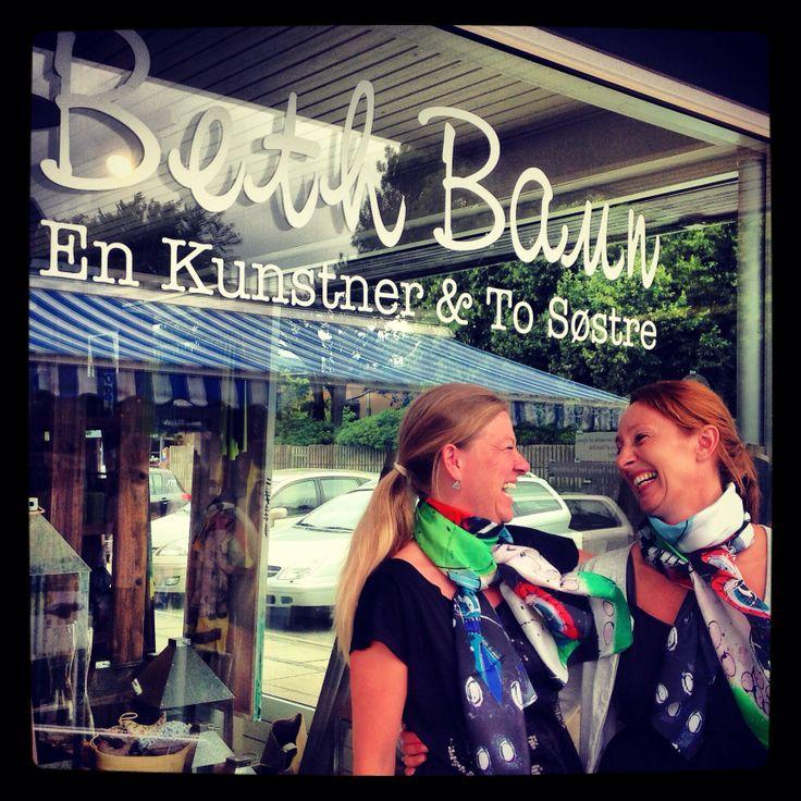 Lisbeth & Dorthe from the shop in Billund, Denmark ( www.vaernhoej.dk)