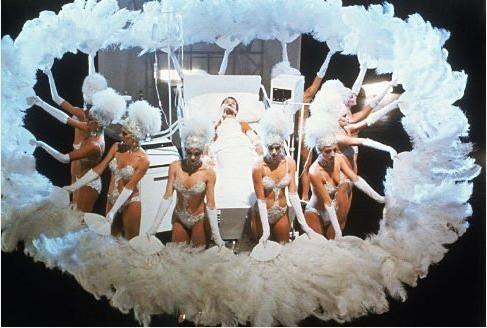 Σκηνή από την ταινία «Η Παράσταση Αρχίζει», του Μπομπ Φος. #Allthatjazz