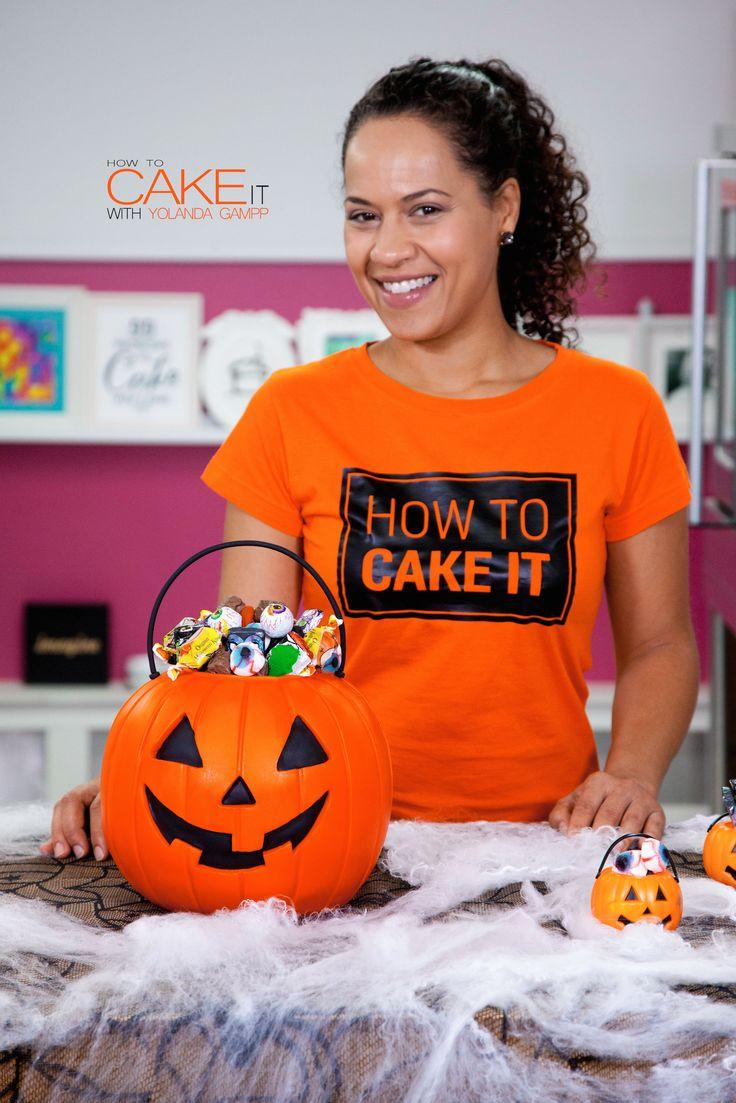 Jack-O-Lantern Candy Pail Cake