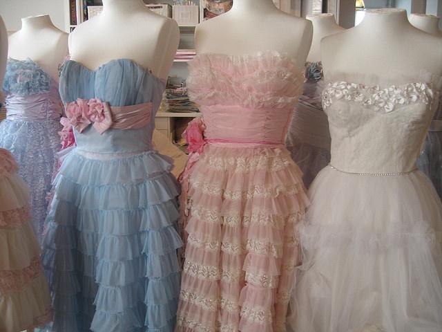 Die besten 17 Bilder zu Prom Dresses (Vintage) auf Pinterest ...