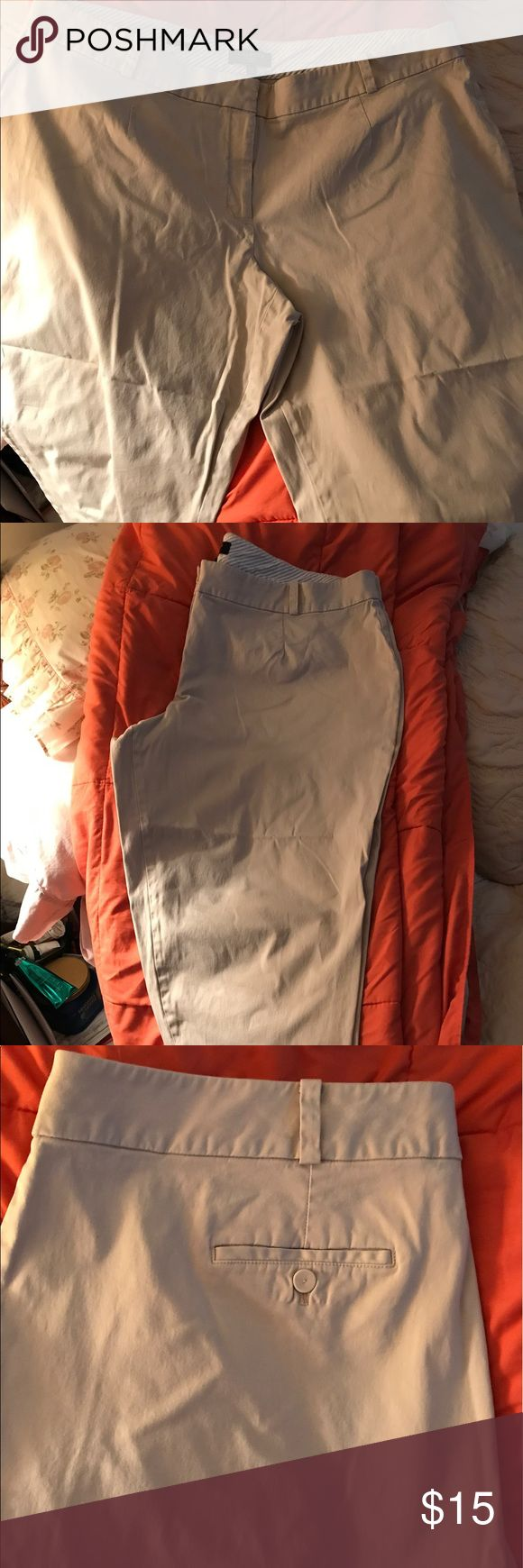 Khaki colored Size 22W Talbots Capris. Khaki colored Talbots Capris Size 22W Excellent Condition! 💕💕🦋💕💕 Talbots Pants Capris