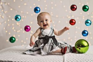 Cute Christmas backdrop, lights, bulbs, photography