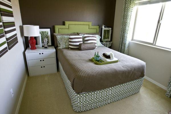 7 Hinweise, wie das kleine Schlafzimmer größer aussehen kann - http://wohnideenn.de/schlafzimmer/07/kleine-schlafzimmer-groser-aussehen.html #Schlafzimmer