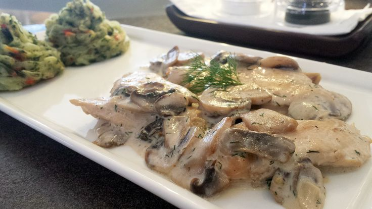 Chicken scaloppine with sour and mushrooms