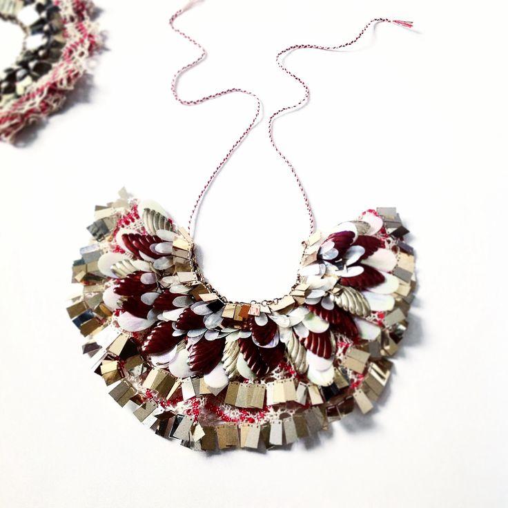 Brown leaves necklace Emma Cassi