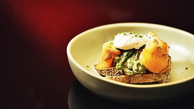 Poached Egg with Smoked Salmon