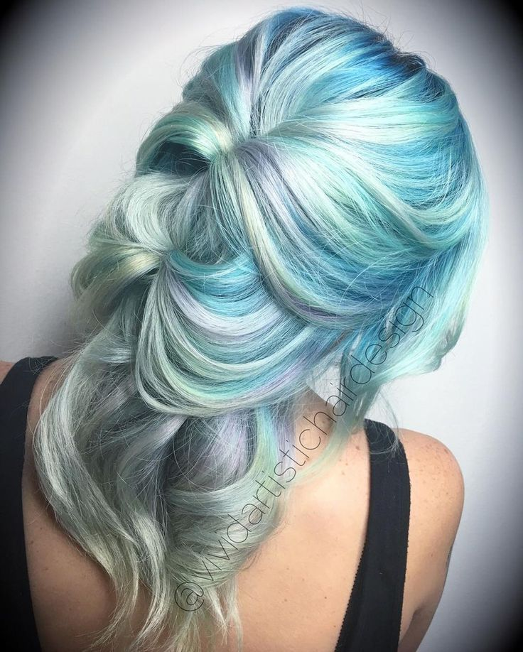Pastel+Blue+Hair+With+Gray+Highlights