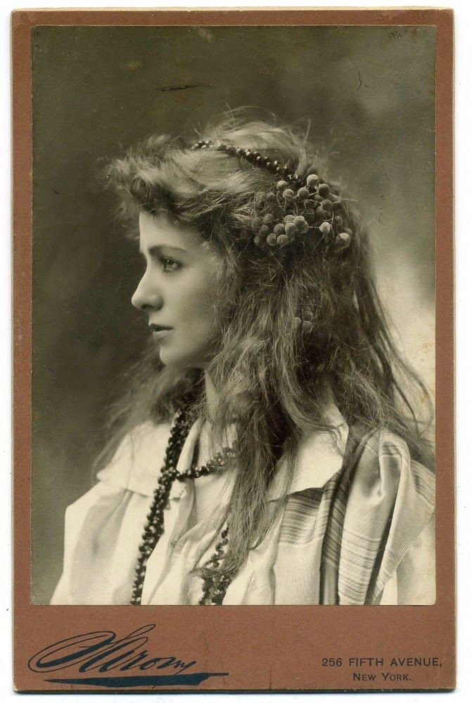Maude Adams c. 1890 - Vintage Photography