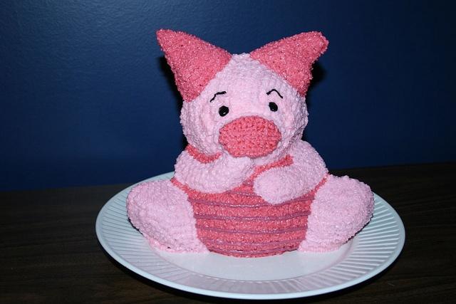 Piglet Cake Design Using Wilton Stand Up Teddy Bear Pan