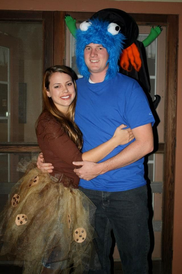 Homemade costumes - Cookie Monster and his favorite treat, a chocolate chip cookie! Cheap, easy and original!