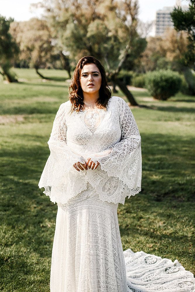 Curvy Babe Plus Size Wedding Gowns In 2020 Plus Wedding Dresses Wedding Dress Cout In 2020 Wedding Dress Couture Haute Couture Wedding Dress Plus Size Wedding Gowns,Plus Size Long Sleeve Wedding Guest Dresses
