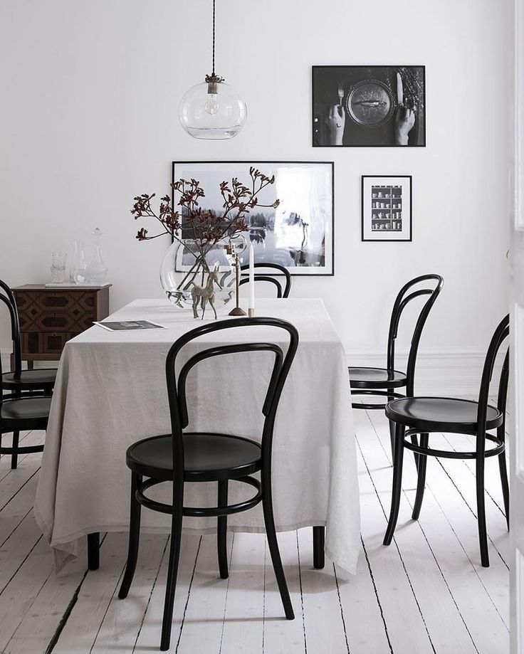 Thonet Thonet. All about these #Thonet chairs lately. Loving how they complement this adorable #diningroom with its minimal design.  Apartment currently for sale on @bjurfors_goteborg
