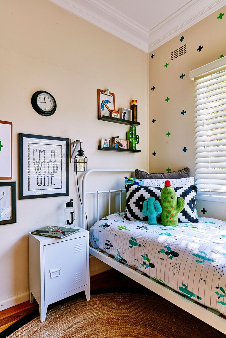 """A """"loose"""" cactus theme with a touch of Minecraft keeps mother and son happy!"""
