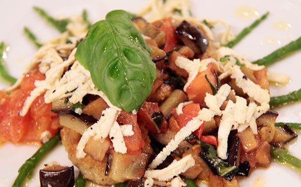 Gnocchetti al pomodoro con seitan e verdure