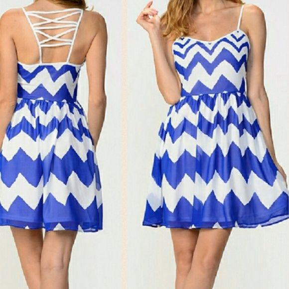 Blue chevron back patterned dress A must have for your spring/summer collection. This dress has a sexy back cut out pattern and is comfy to wear. Material: 100% poly. Available in S,M,L Moon Collection Dresses
