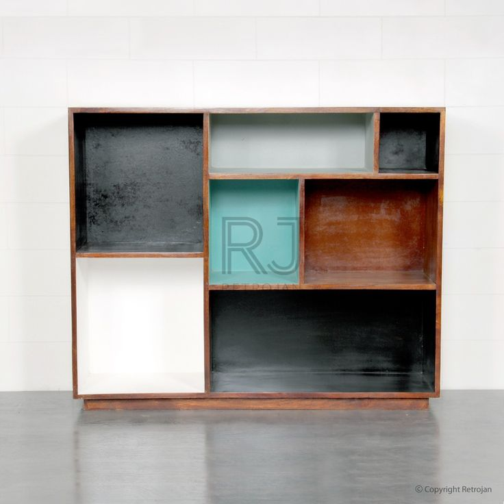 Preston Bookshelves - Earth