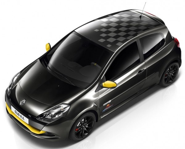 2013 Renault Clio RS Red Bull Racing-front2 picture