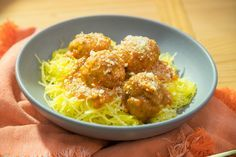 Pumpkin Meatballs... Make with sausage instead. Yes indeed. spaghetti squash. Done.