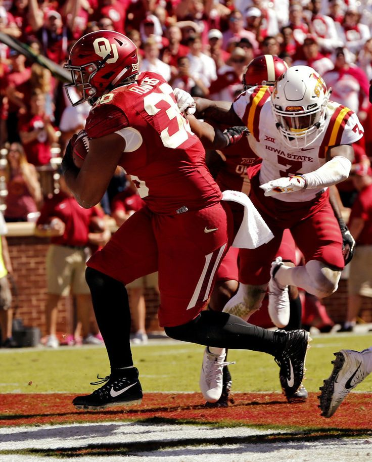 Oklahoma's Dimitri Flowers scores a touchdown during the second half of a college football game where the University of Oklahoma Sooners (OU) were defeated by the Iowa State Cyclones 31-38 at Gaylord Family-Oklahoma Memorial Stadium in Norman, Okla., on Saturday, Oct. 7, 2017. Photo by Steve Sisney, The Oklahoman