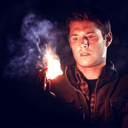 https://s-media-cache-ak0.pinimg.com/736x/13/e4/c6/13e4c64e3d5bc168d4e047ec4f5a6196--supernatural-cosplay-dean-supernatural.jpg Supernatural Castiel Screencaps