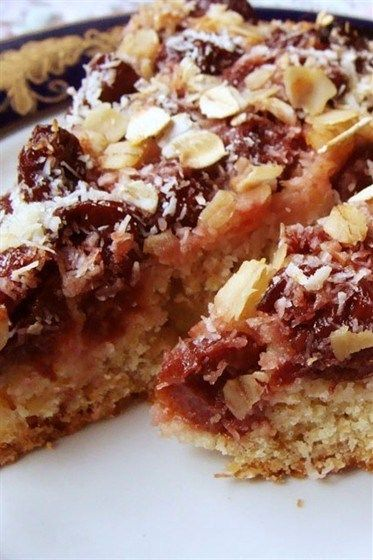 Овсяный пирог с вишней рецепт с фото