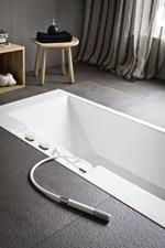Vasca da bagno rettangolare in Corian® ERGO-NOMIC | Vasca da bagno da incasso - Rexa Design