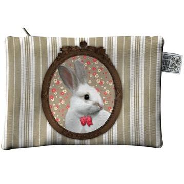 Liten necessär - katter & kaniner