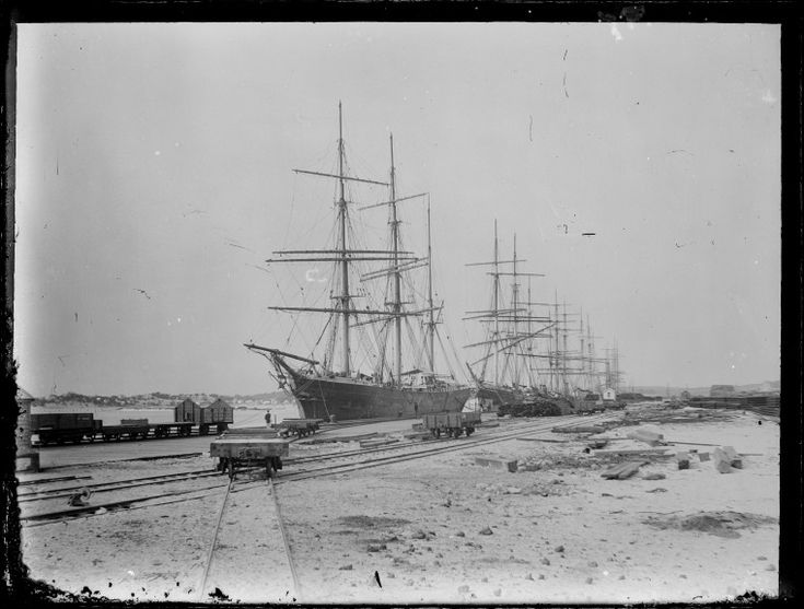 230485PD: Sailing ships berthed at Fremantle, 1890s? http://encore.slwa.wa.gov.au/iii/encore/record/C__Rb2466703__SSailing%20ships%20berthed%20at%20Fremantle%20__P0%2C1__Orightresult__U__X6?lang=eng&suite=def